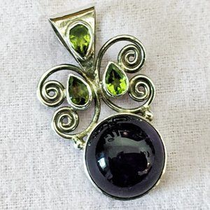 Jewelry - Large Vintage-Style Gem & Silver Pendant